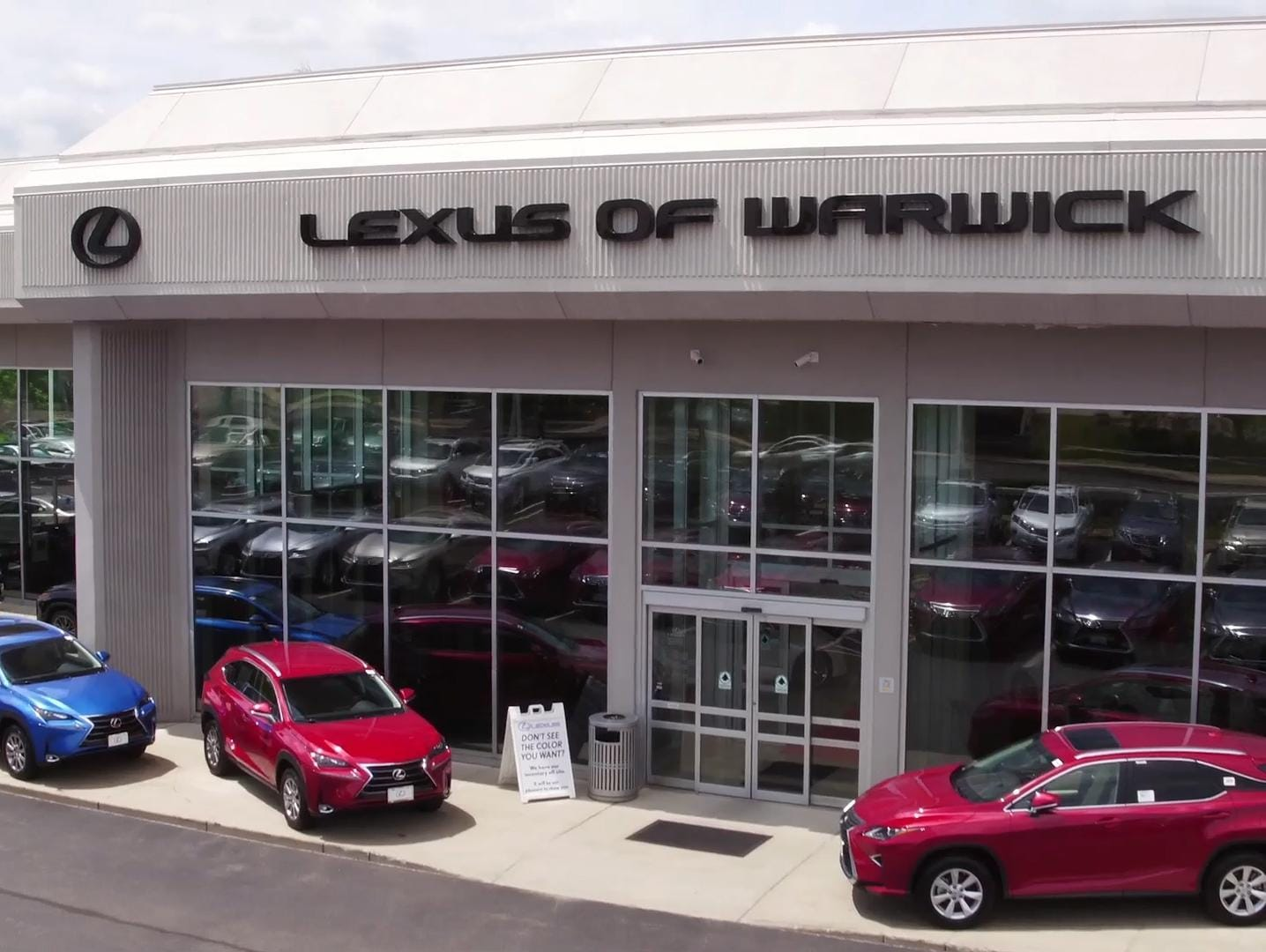 lexus of warwick small image.jpg