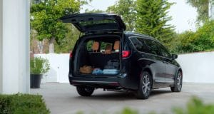 Chrysler Pacifica cargo space