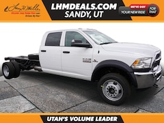 New 2018 Ram 5500 Chassis Tradesman/SLT/Laramie Truck Crew Cab in Sandy