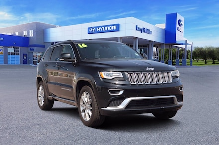 Featured Used 2016 Jeep Grand Cherokee Summit 4x4 SUV for sale near you in Albuquerque, NM