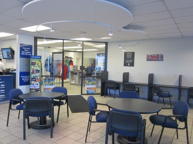 Hyundai Service Center & Waiting Room in Albuquerque