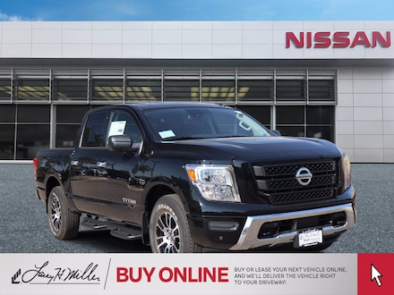 Featured 2021 Nissan Titan SV Truck Crew Cab for sale near you in Centennial, CO