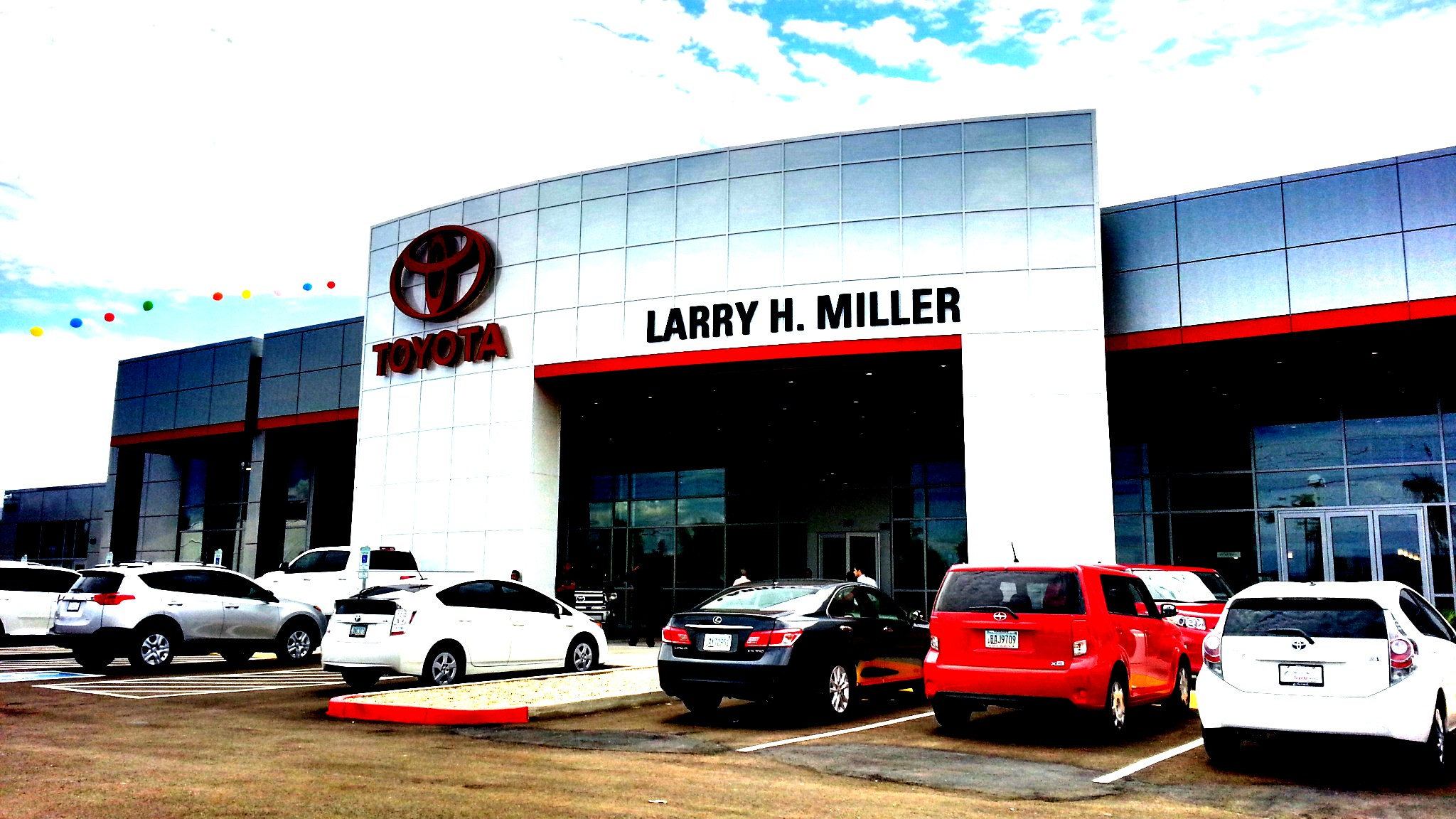 New Toyota Dealer Serving Scottsdale