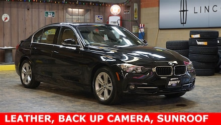 2017 BMW 3 Series 330i xDrive Sedan
