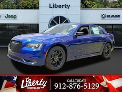 2019 Chrysler 300 TOURING Sedan for Sale in Hinesville, GA at Liberty Chrysler Dodge Jeep Ram