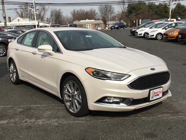 2017 Ford Fusion Platinum 4dr Car