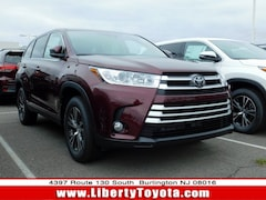 New Toyota vehicle 2019 Toyota Highlander LE Plus V6 SUV 5TDBZRFH4KS917734 for sale near you in Burlington, NJ