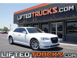 2017 Chrysler 300 Limited RWD Limited  Sedan
