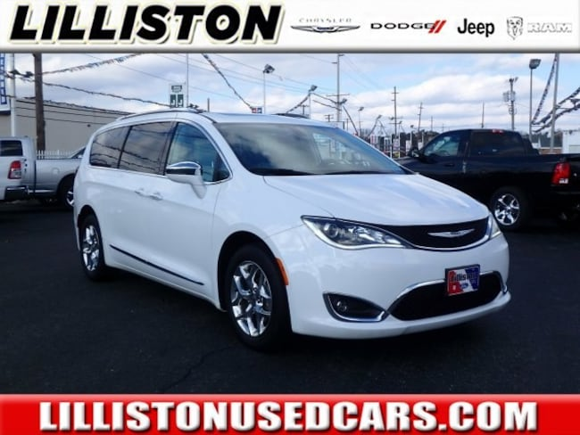 Used 2017 Chrysler Pacifica Limited Van for sale in Millville, NJ