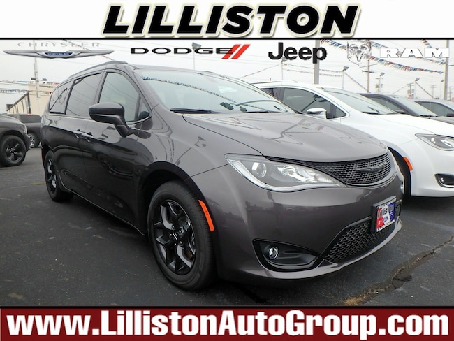New 2019 Chrysler Pacifica TOURING L PLUS Passenger Van for sale in Millville, NJ