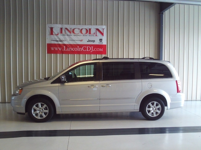 2010 Chrysler Town & Country Touring Plus Wagon