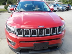 DYNAMIC_PREF_LABEL_INVENTORY_LISTING_DEFAULT_AUTO_NEW_INVENTORY_LISTING1_ALTATTRIBUTEBEFORE 2018 Jeep Compass Latitude Sport Utility DYNAMIC_PREF_LABEL_INVENTORY_LISTING_DEFAULT_AUTO_NEW_INVENTORY_LISTING1_ALTATTRIBUTEAFTER