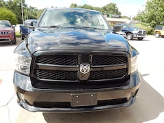 DYNAMIC_PREF_LABEL_INVENTORY_LISTING_DEFAULT_AUTO_NEW_INVENTORY_LISTING1_ALTATTRIBUTEBEFORE 2018 Ram 1500 Express 4x4 Crew Cab DYNAMIC_PREF_LABEL_INVENTORY_LISTING_DEFAULT_AUTO_NEW_INVENTORY_LISTING1_ALTATTRIBUTEAFTER