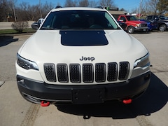 DYNAMIC_PREF_LABEL_INVENTORY_LISTING_DEFAULT_AUTO_NEW_INVENTORY_LISTING1_ALTATTRIBUTEBEFORE 2019 Jeep Cherokee Trailhawk Elite 4x4 Sport Utility DYNAMIC_PREF_LABEL_INVENTORY_LISTING_DEFAULT_AUTO_NEW_INVENTORY_LISTING1_ALTATTRIBUTEAFTER