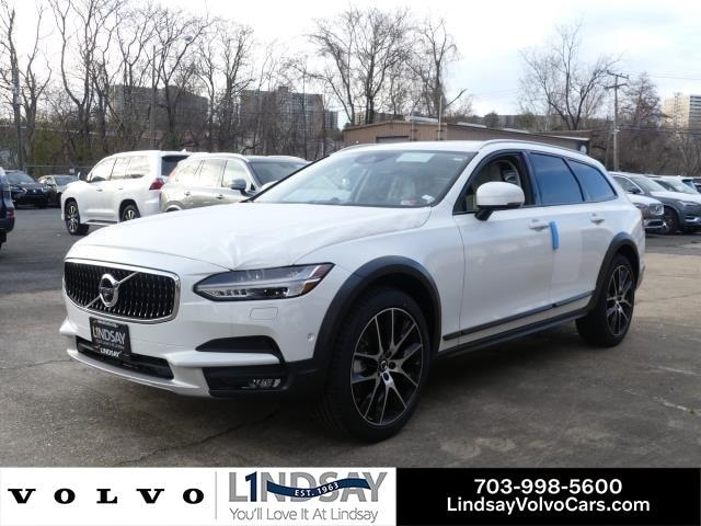Featured New 2020 Volvo V90 Cross Country T6 Wagon for Sale in Alexandria, VA