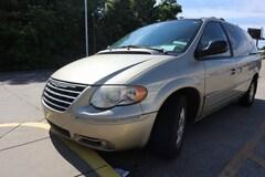 2006 Chrysler Town & Country Touring Minivan/Van