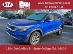 New 2021 Kia Seltos S SUV KNDEUCAA4M7156638 K3736 in State College, PA at Lion Country Kia
