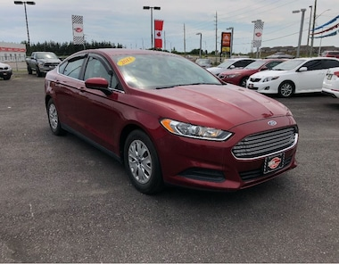 2013 Ford Fusion S, WELL EQUIPPED. Sedan