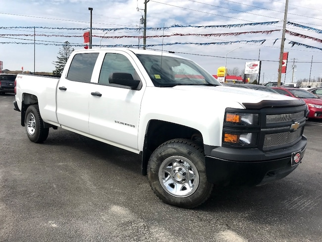 2014 Chevrolet Silverado CREW CAB WELL EQUIPPED 4X4 Crew Cab