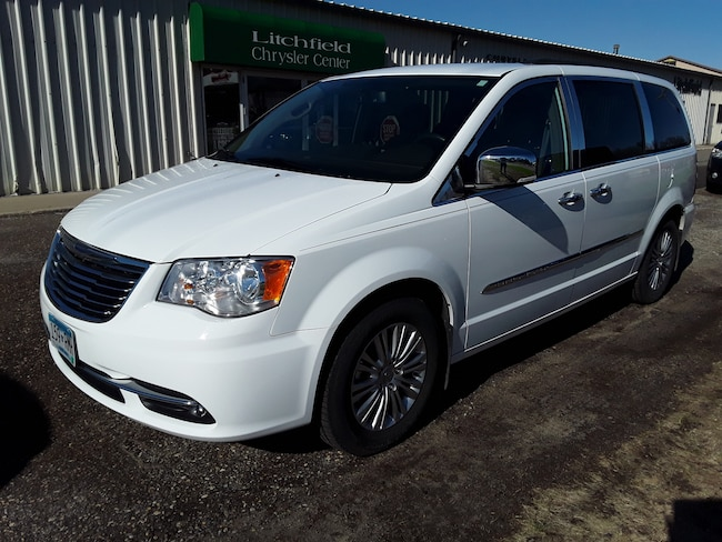 Used 2015 Chrysler Town & Country Touring-L Van in Litchfield