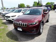 New 2019 Jeep Cherokee LATITUDE 4X4 Sport Utility