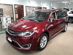 New 2019 Chrysler Pacifica TOURING L PLUS Passenger Van