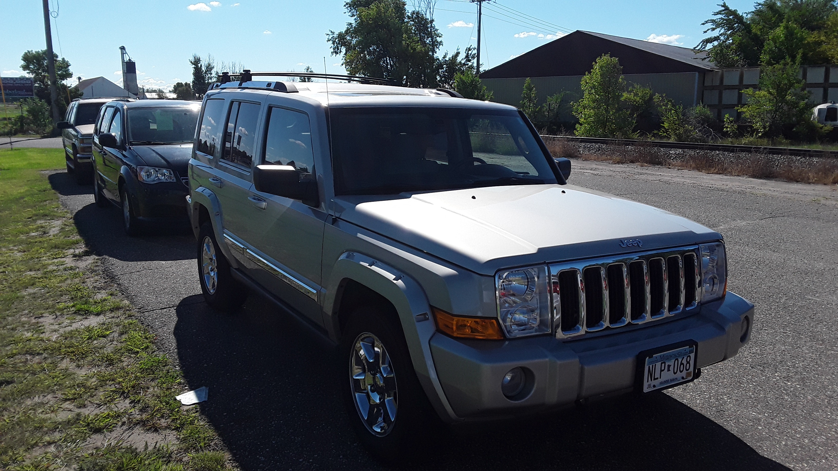 Used 2007 Jeep Commander Limited with VIN 1J8HG58P27C592533 for sale in Litchfield, Minnesota