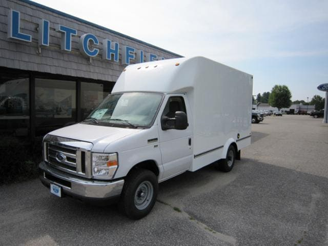 2018 Ford E-350 Commercial Cutaway Cargo/Power Pkg/Limited Slip/Unicell 12 Ft Box/10050 GVW