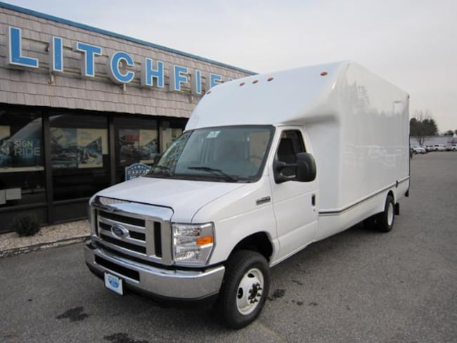 2019 Ford E-450 DRW Commercial Cutaway Cargo/Unicell 16FT Box W/Tommygate/14500 GVW