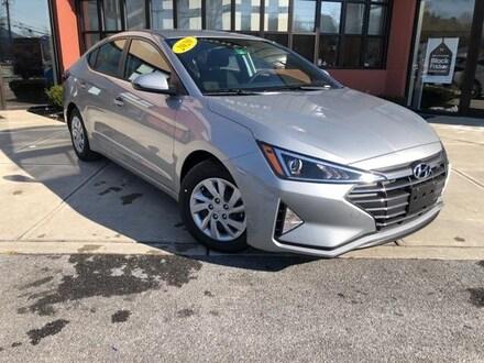 2020 Hyundai Elantra SE Car