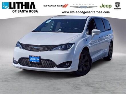 New 2020 Chrysler Pacifica Hybrid TOURING L Passenger Van Santa Rosa, CA
