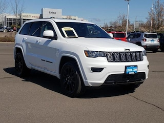 New 2021 Jeep Grand Cherokee LAREDO X 4X4 Sport Utility Medford, OR