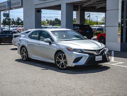 58a9926e07fee Used 2018 Toyota Camry SE Auto Car Celestial Silver Metallic for ...