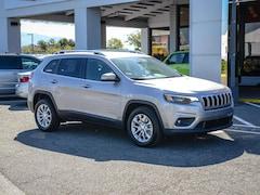 New 2019 Jeep Cherokee LATITUDE FWD Sport Utility in Concord, CA