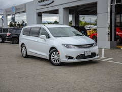 Certified Pre-Owned 2019 Chrysler Pacifica Touring L FWD Mini-van, Passenger in Concord, CA