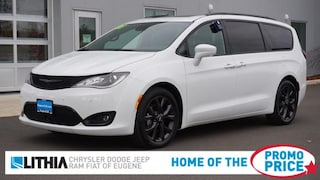 Used Vehicles with Under 30,000 Miles 2018 Chrysler Pacifica Touring L Plus Van for sale in Eugene, OR