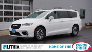 New 2021 Chrysler Pacifica TOURING L Passenger Van Eugene, OR