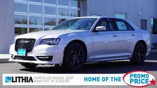 New 2021 Chrysler 300 TOURING L Sedan Eugene, OR