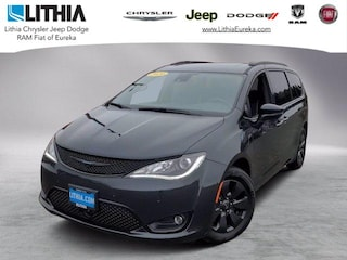 New 2020 Chrysler Pacifica Hybrid LIMITED Passenger Van Eureka, CA