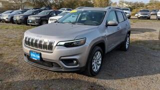 New 2019 Jeep Cherokee LATITUDE FWD Sport Utility Eureka, CA
