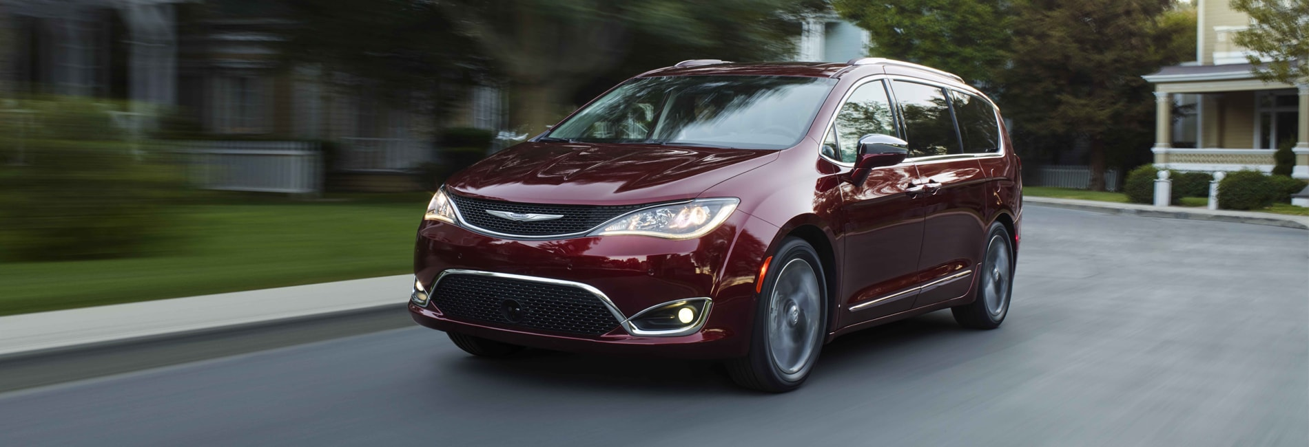 Chrysler Pacifica Interior and Exterior Vehicle Features