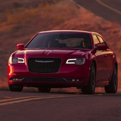 Chrysler 300 Interior and Exterior Vehicle Features