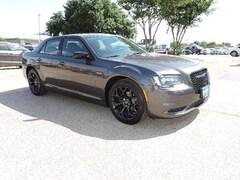 2019 Chrysler 300 TOURING Sedan Bryan, TX