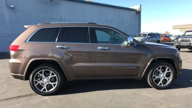 new 2019 jeep grand cherokee overland 4x4 sport utility walnut brown for sale reno stock kc589722. Black Bedroom Furniture Sets. Home Design Ideas
