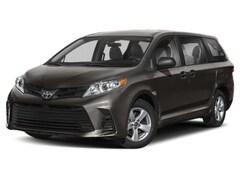 2020 Toyota Sienna XLE Minivan/Van