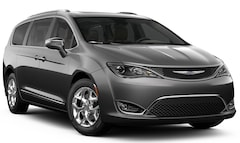 New 2019 Chrysler Pacifica LIMITED Passenger Van in Billings, MT