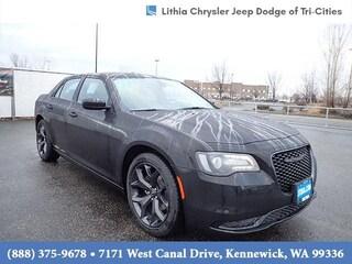 New 2021 Chrysler 300 TOURING Sedan Kennewick, WA