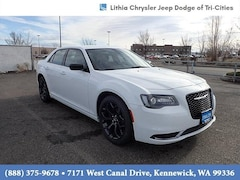 2020 Chrysler 300 TOURING Sedan Kennewick, WA