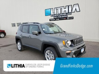 New 2021 Jeep Renegade LATITUDE 4X4 Sport Utility Grand Forks, ND