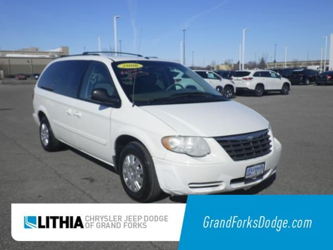Used 2006 Chrysler Town & Country LX Van Grand Forks, ND